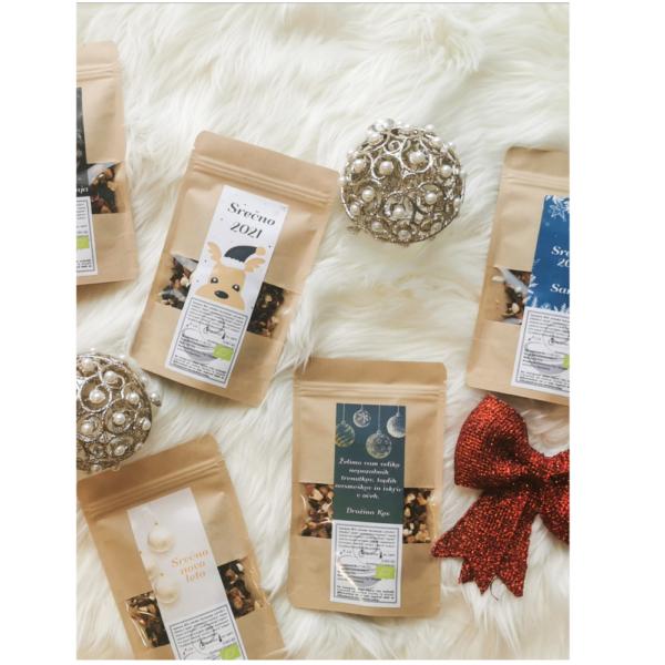 Personalizirani čaji z božičnimi motivi.